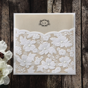 Cheap Invitation Styles With Luxury Features